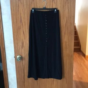 Woman's Black skirt